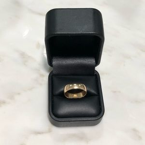 Accessories - 14k solid gold band ring